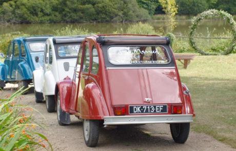 location voiture de collection mariage - Mariage bleu blanc rouge - LA 2CV ATTITUDE