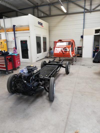 LA 2CV ATTITUDE _ atelier de restauration voiture de collection