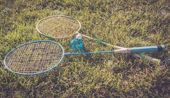 badminton-en-plein-air LA 2CV ATTITUDE